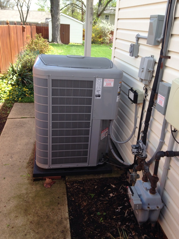 Gambrills, MD - A/C air conditioning system installation repair service call in Gambrills Maryland 21054