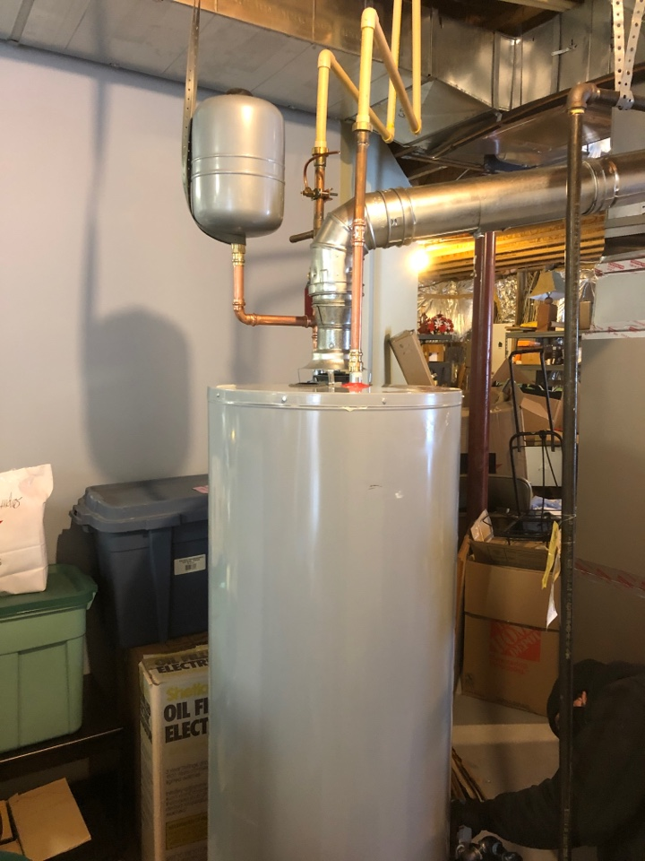 Glenn Dale, MD - Replace 40 gallon water heater with 50 stand inspection