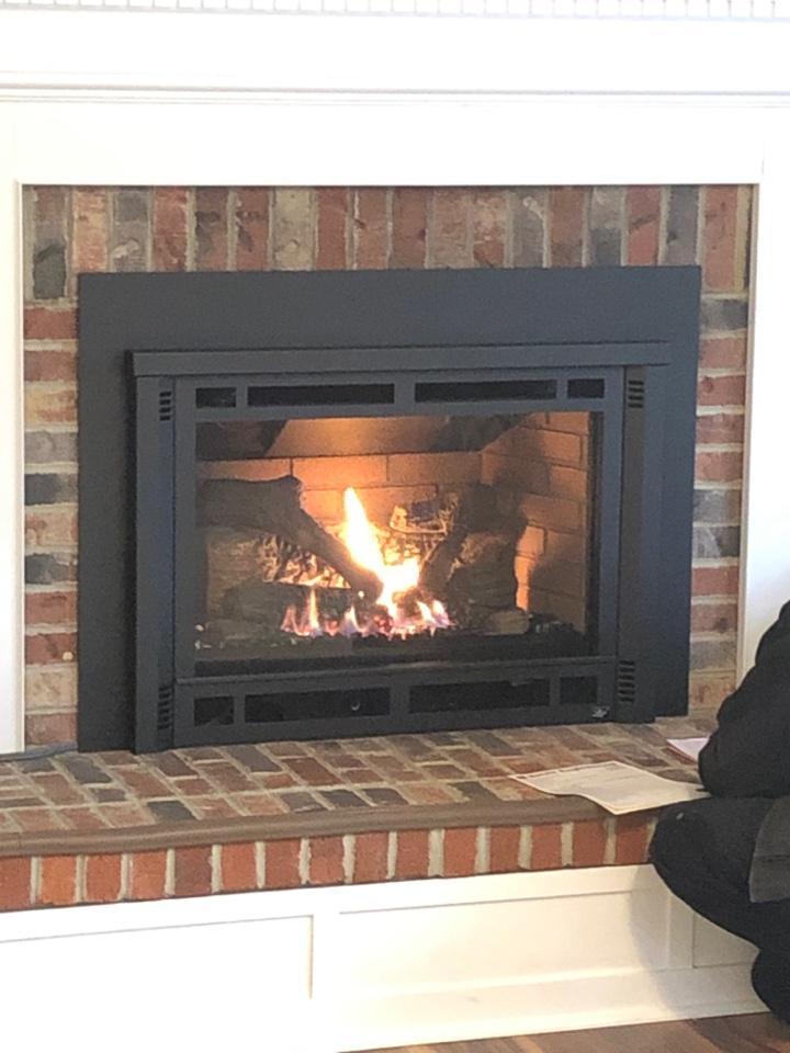 Riva, MD - Gas fireplace