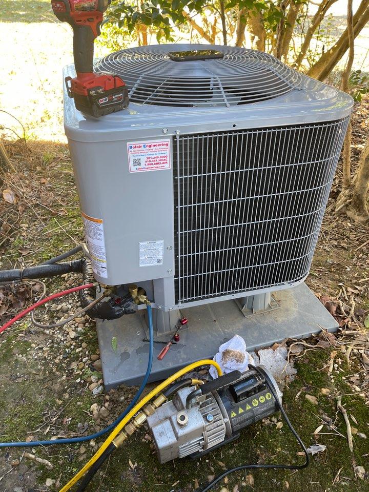 Clinton, MD - Carrier heat pump repair repair