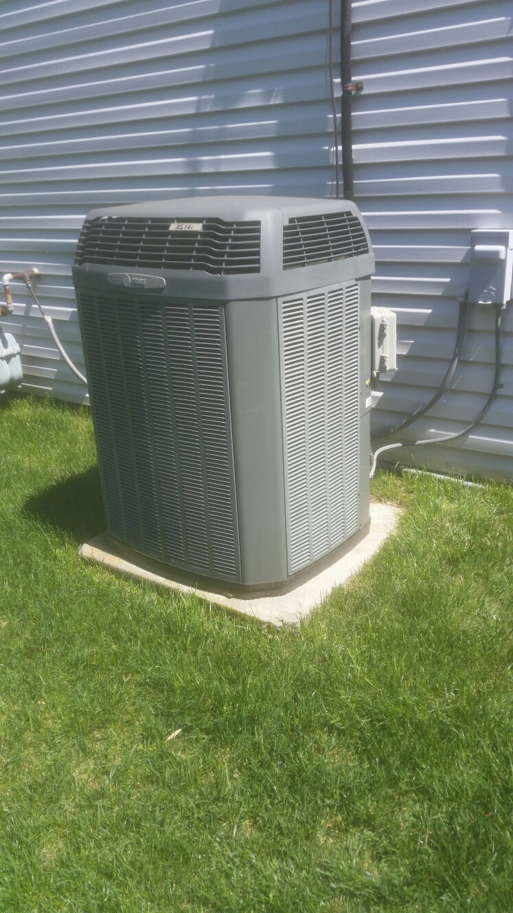 Crofton, MD - Trane ac air conditioning & heating system installation repair service call in Crofton Maryland 21114
