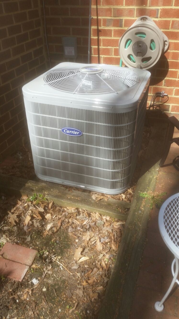 Crofton, MD - Carrier ac air conditioning & heating system installation repair service call in Crofton Maryland 21114