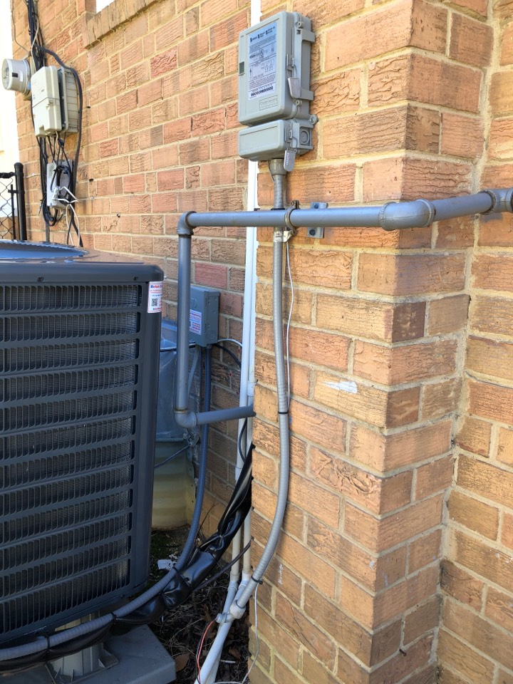 Temple Hills, MD - Install GFI at outdoor unit