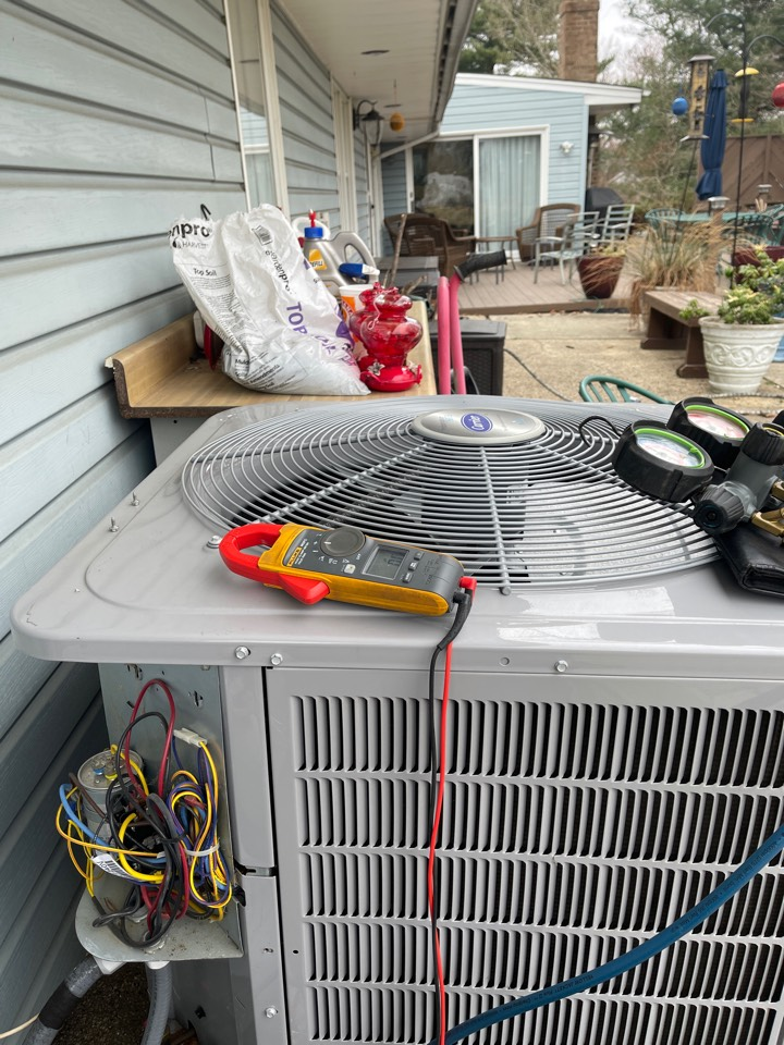 Laurel, MD - Carrier air conditioning repair