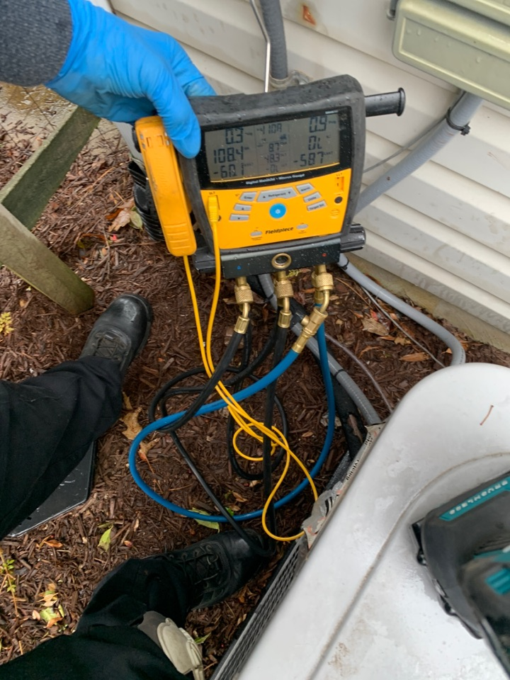 Waldorf, MD - Carrier Air Conditioning Service Repair