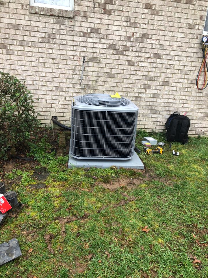 Dunkirk, MD - Replace heat pump system in crawlspace