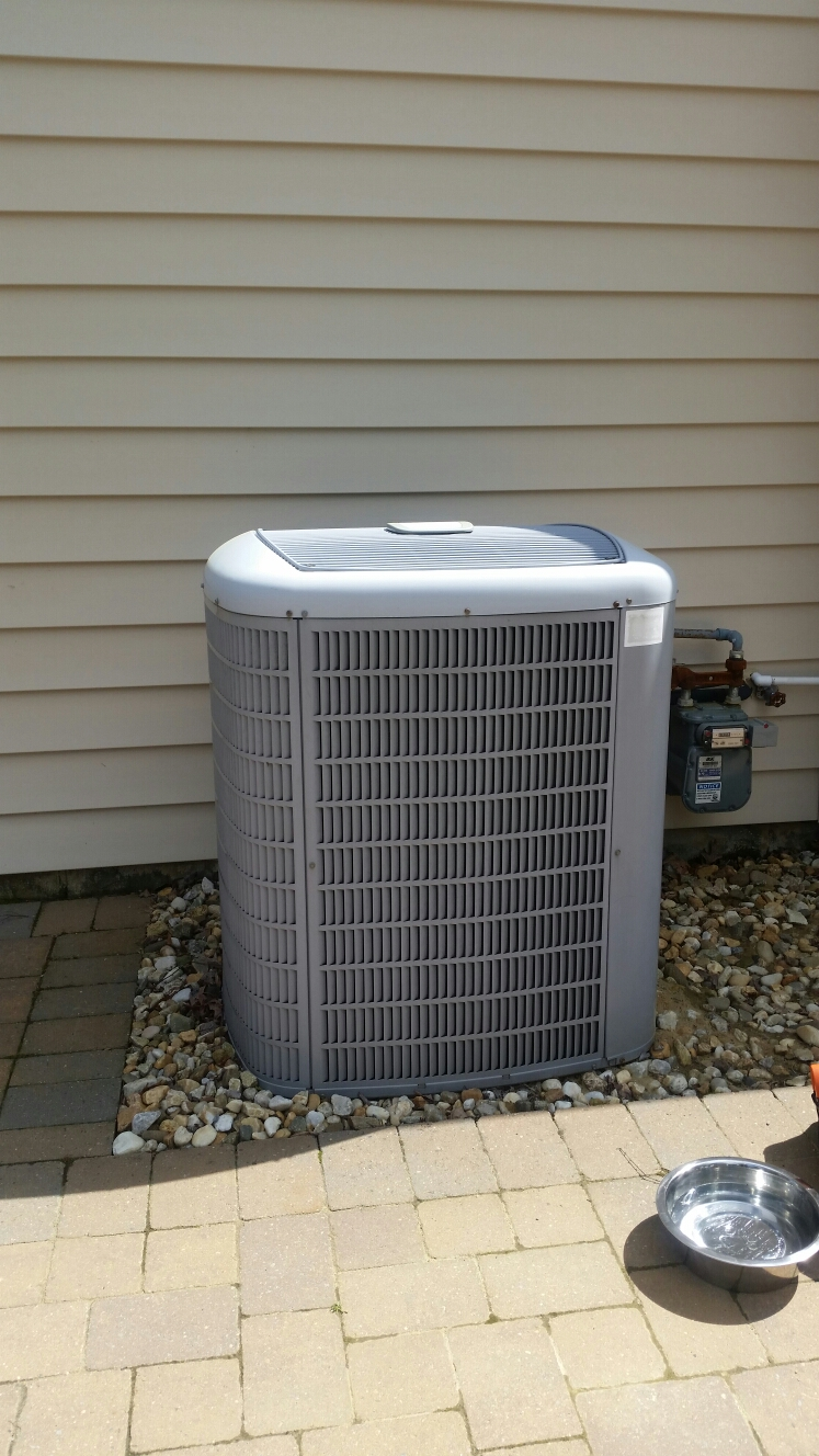 Crofton, MD - Crofton Maryland AC air conditioning & heating system installation repair service call.
