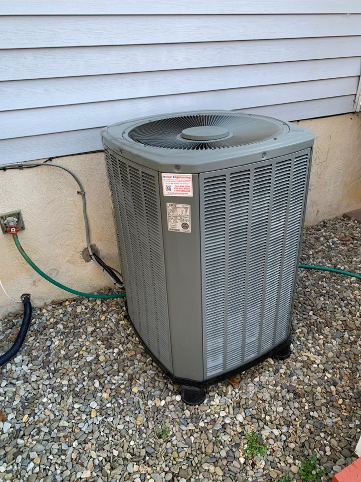 Davidsonville, MD - Trane Air Conditioning Service Repair