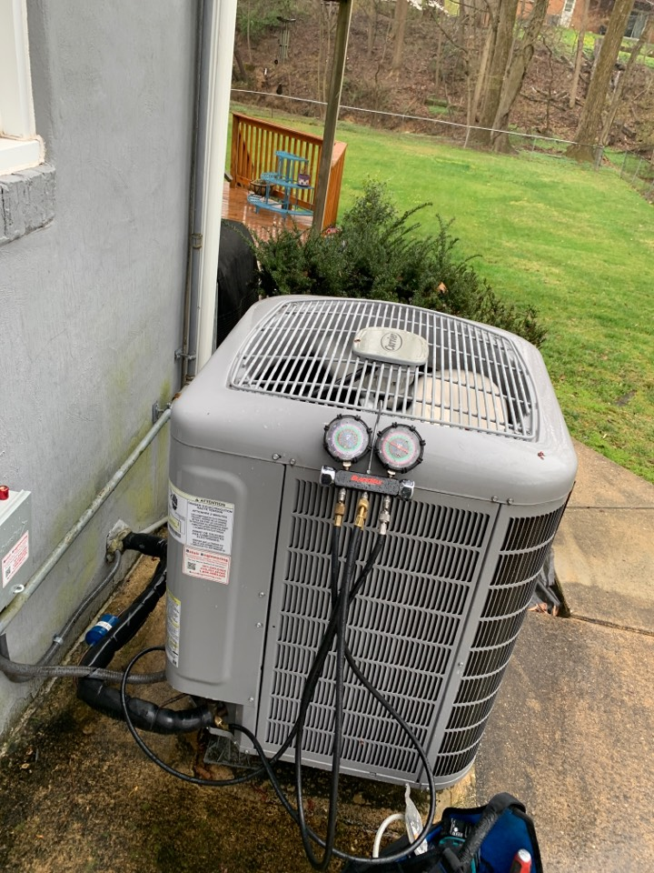 Laurel, MD - Carrier Air Conditioning Service Repair