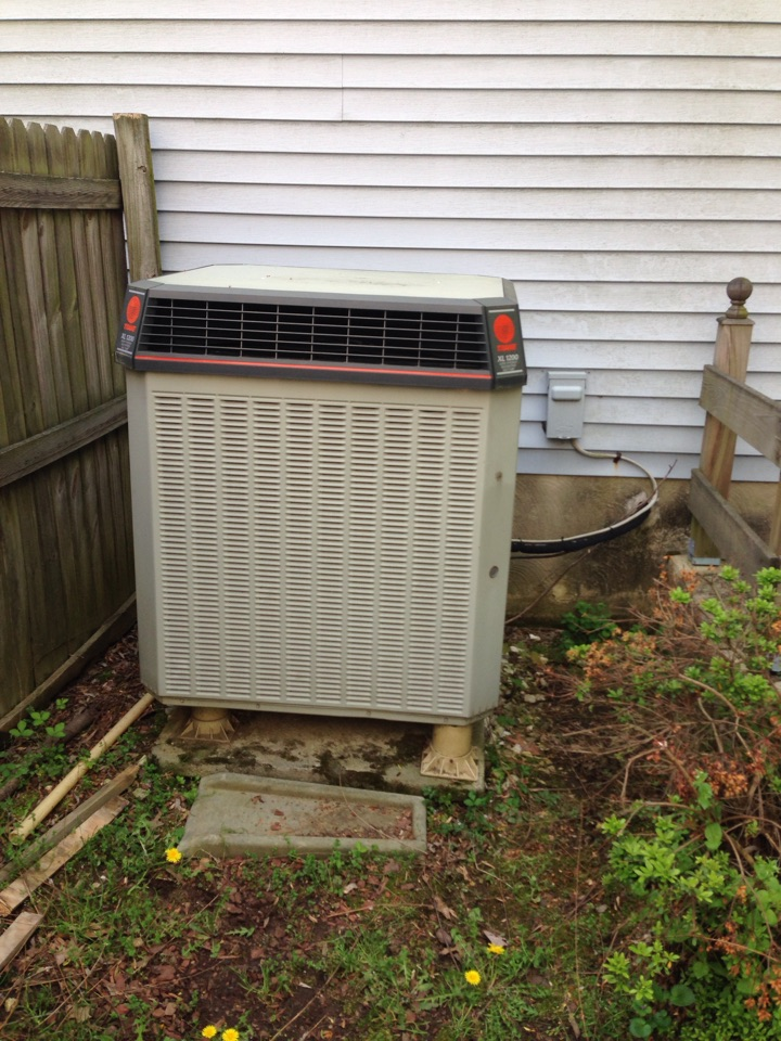 Crofton, MD - Crofton Maryland Trane heat pump AC air conditioning & heating system replacement installation repair service call.