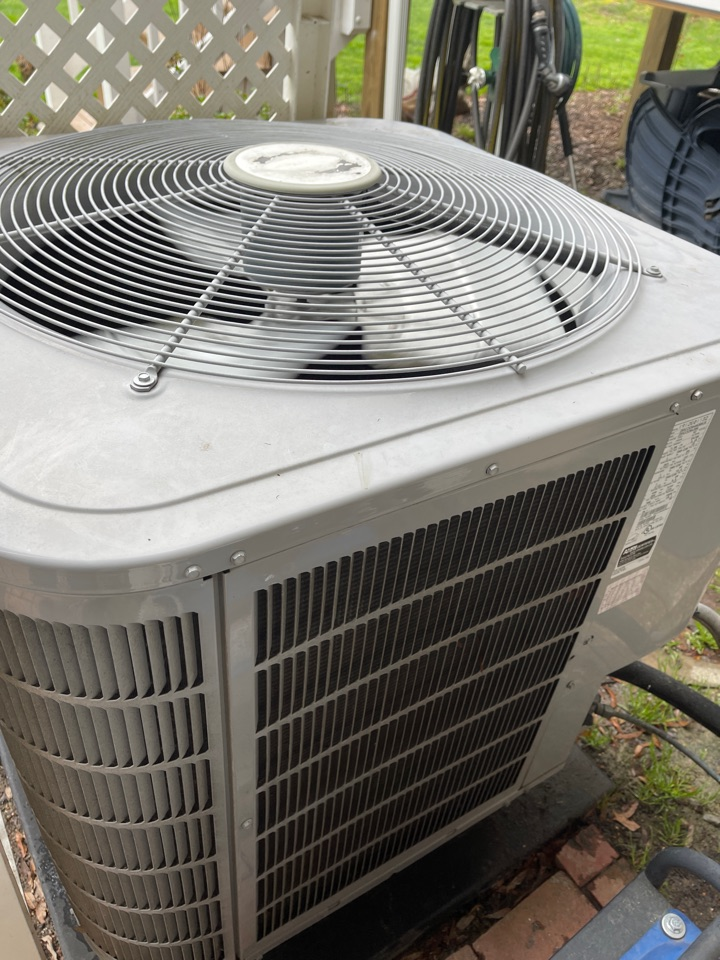 Deale, MD - Carrier air conditioning repair