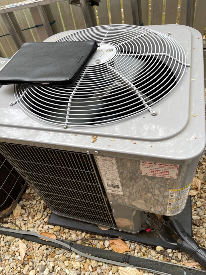 Gambrills, MD - Carrier air conditioning repair