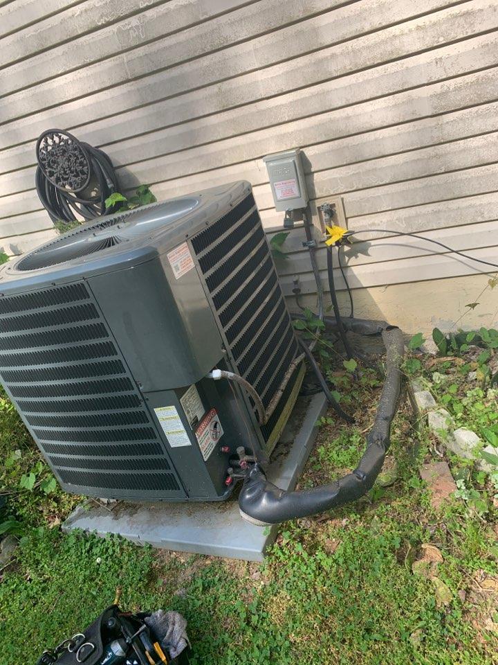 Largo, MD - Heat pump repair
