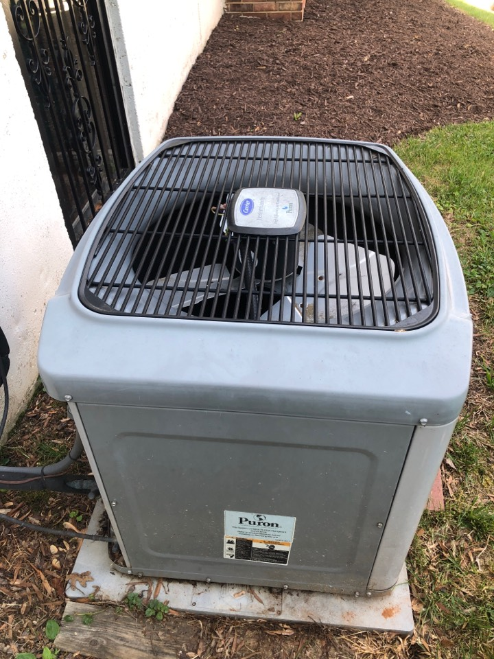 Lanham, MD - Installing a new od fan motor