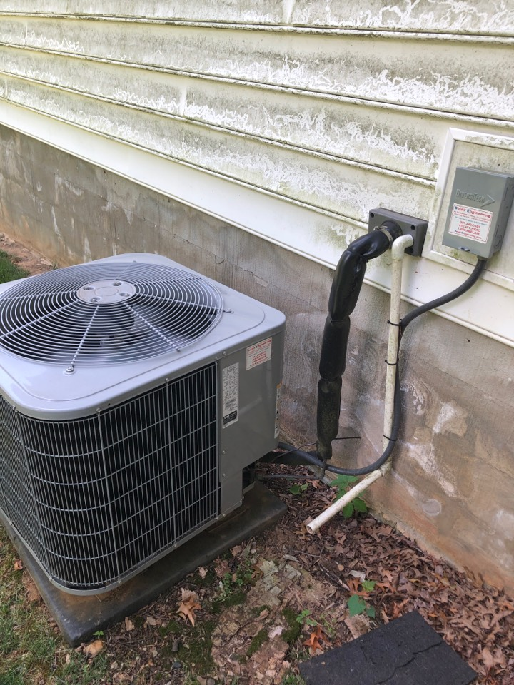 Davidsonville, MD - Carrier AC maintenance repair services with Flood protection and media filter