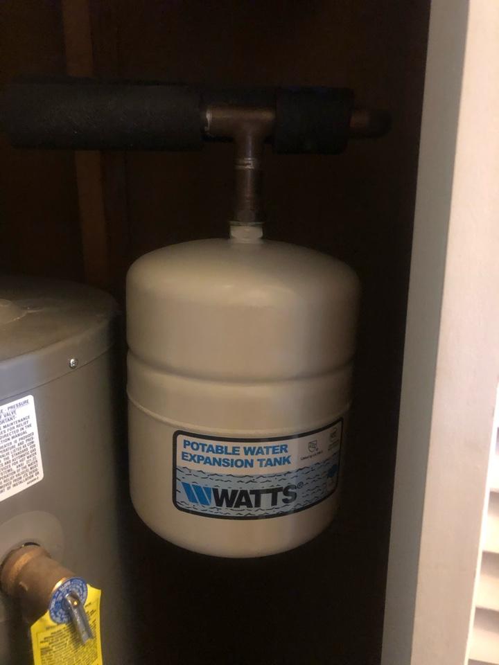 Odenton, MD - Water leak
