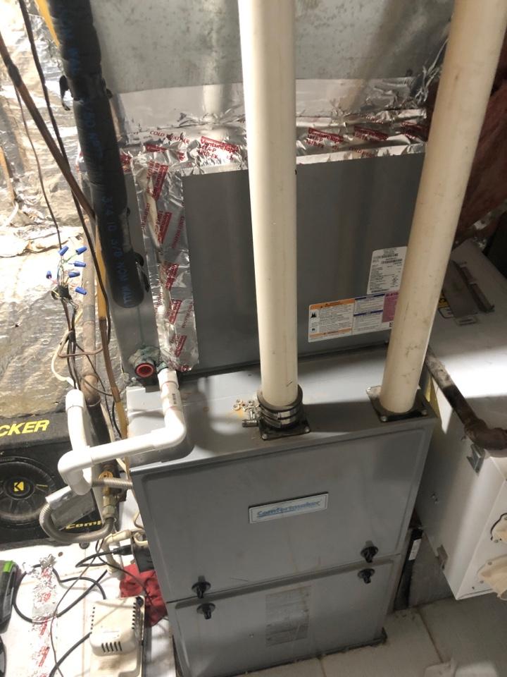 Clinton, MD - Air conditioner repair
