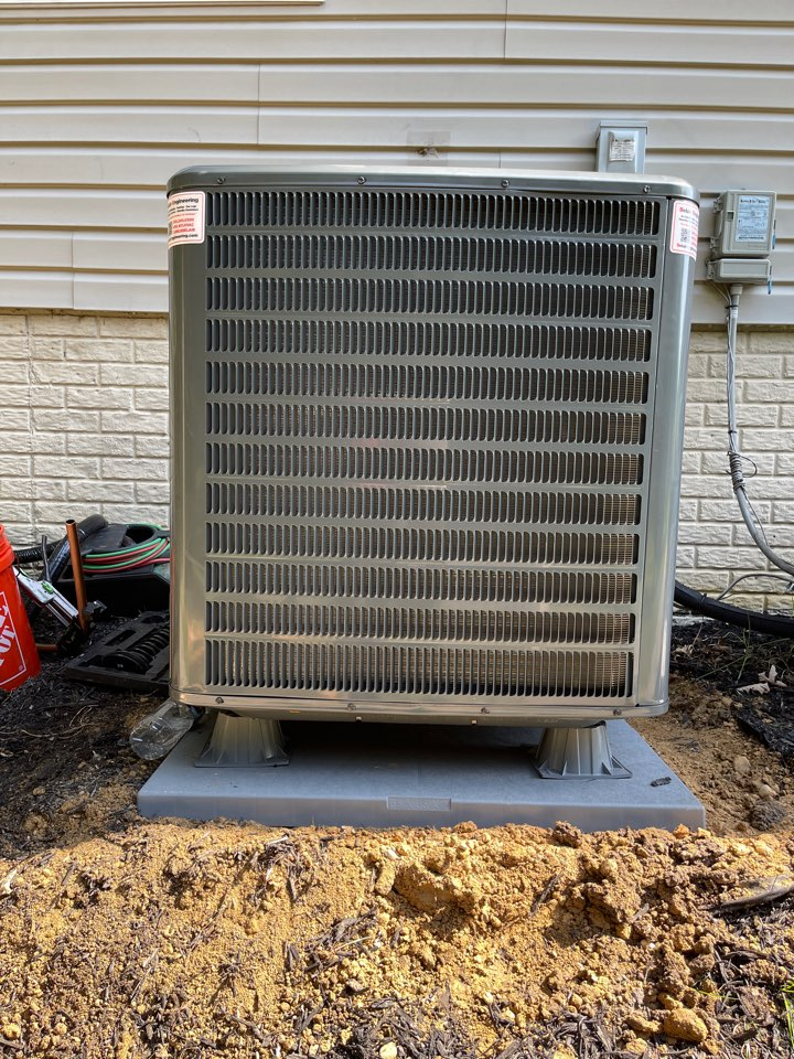Cheltenham, MD - Changing furnace, ac, evaporator coil's and gas water heater.