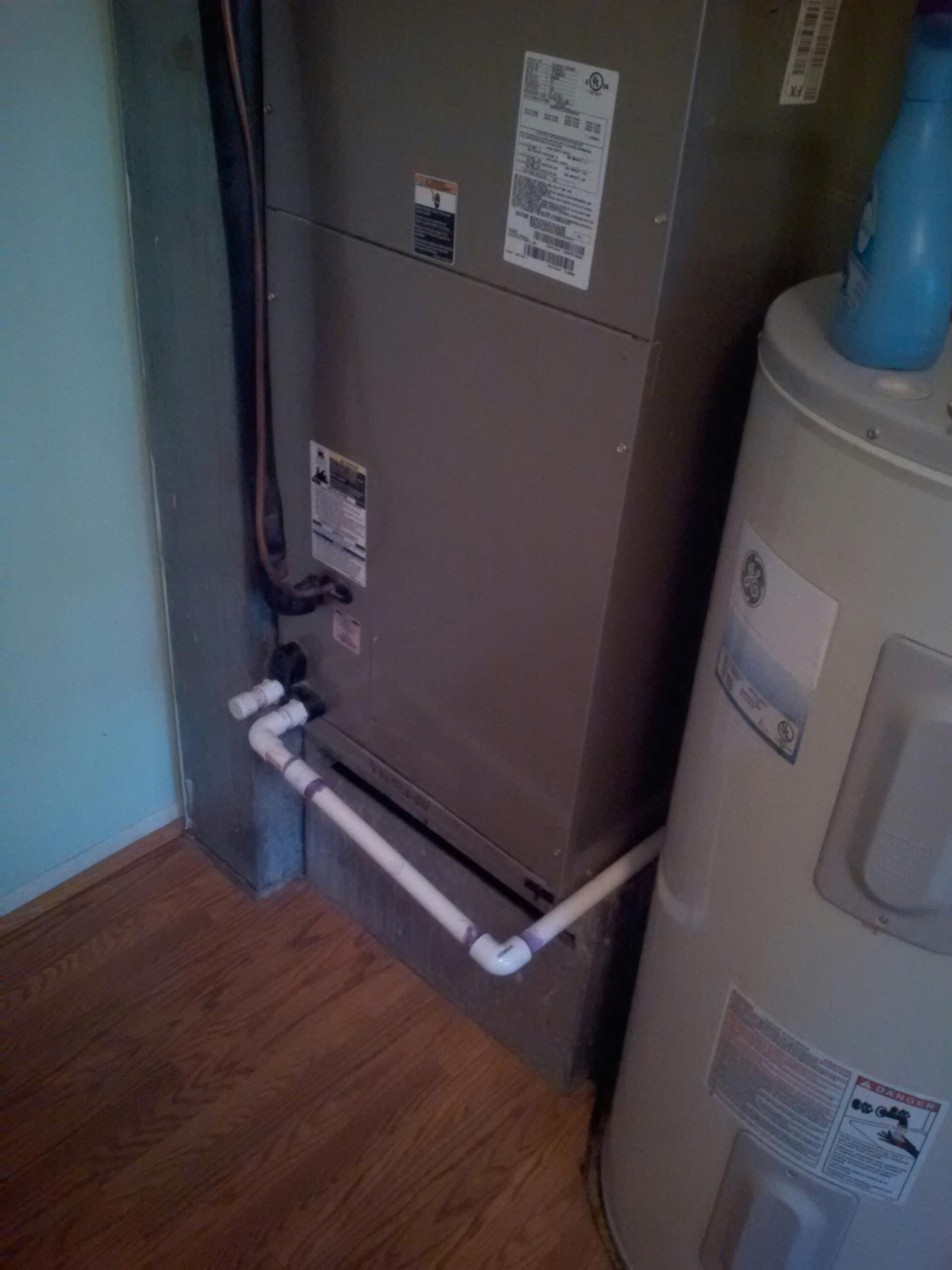 Gambrills, MD - Carrier AC air conditioning & heating system installation repair service call in Gambrills Maryland 21054