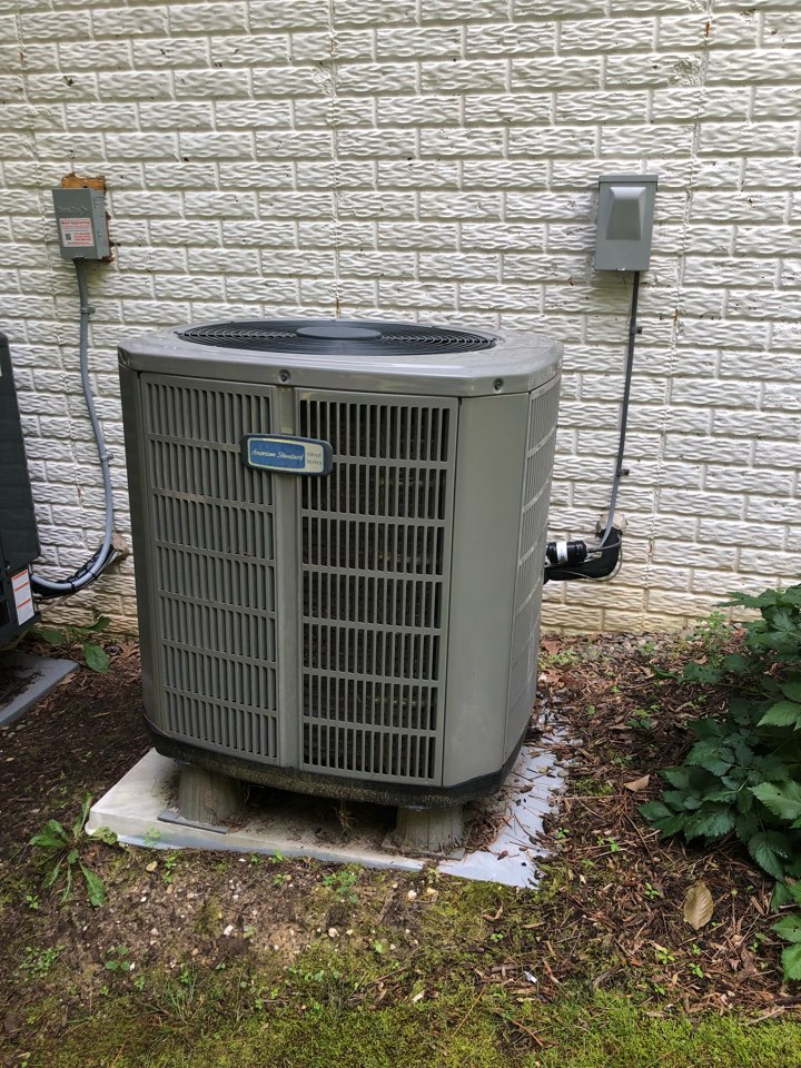 Owings, MD - American Standard heat pump furnace heating & air conditioning system replacement installation Owings Maryland