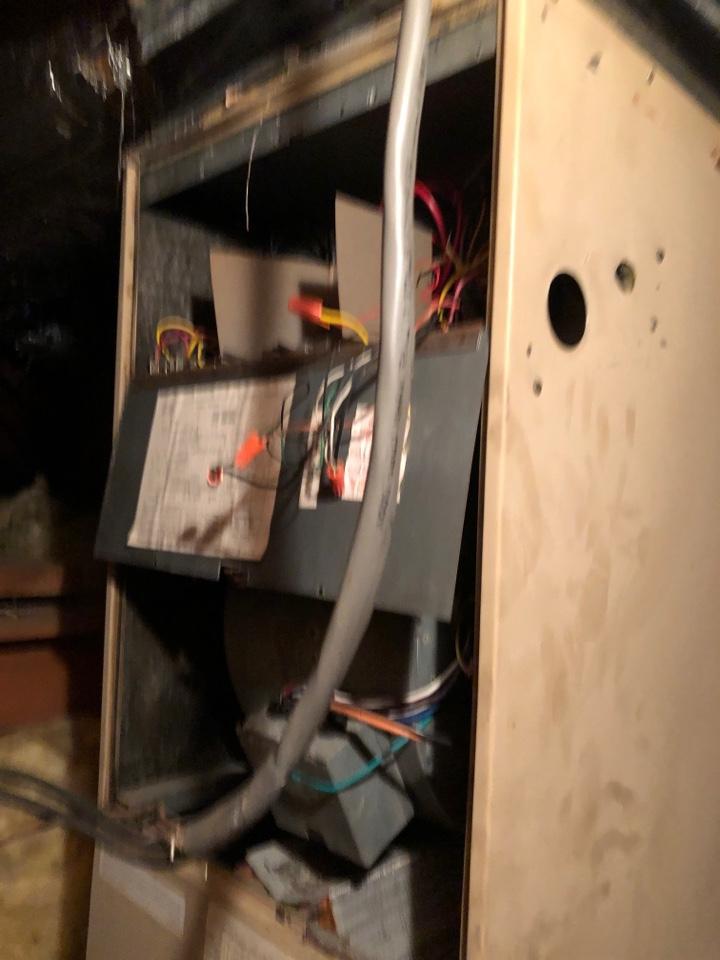 Upper Marlboro, MD - Replace heat pump systematic