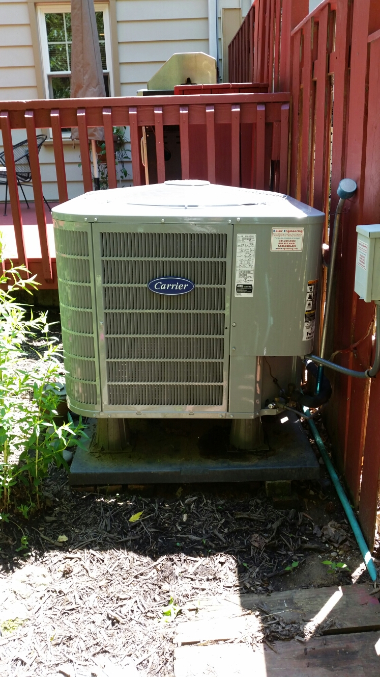 Crofton, MD - Heat pump ac air conditioning & heating system installation repair service call in Crofton Maryland 21114