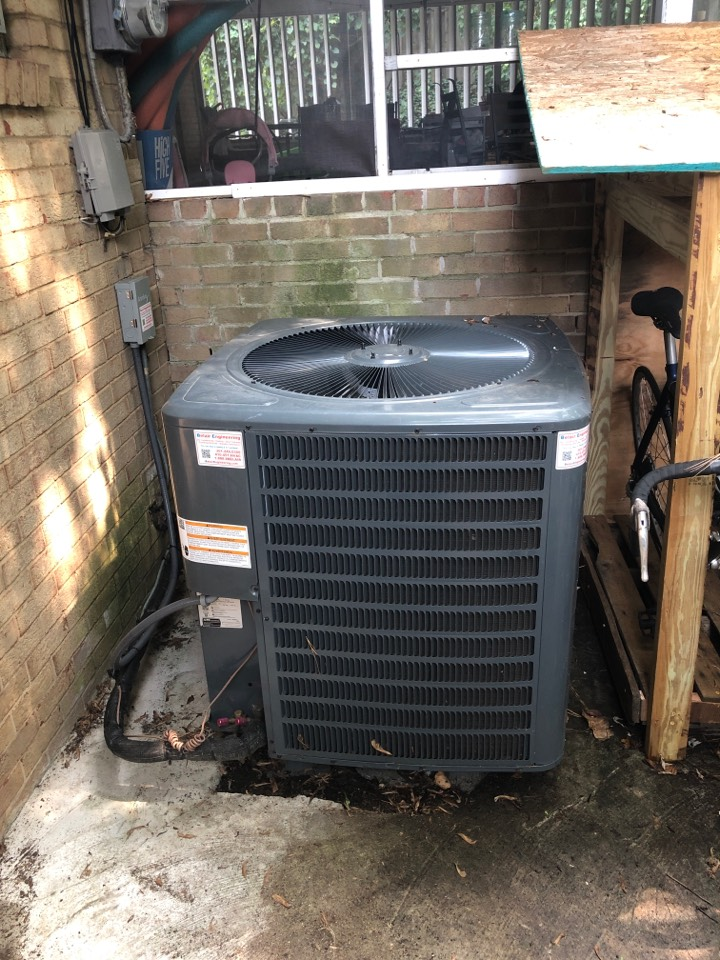 Temple Hills, MD - AC repairs