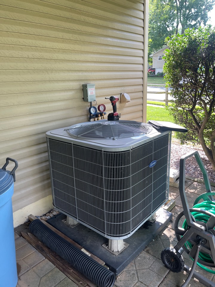 Millersville, MD - Carrier air conditioning repair