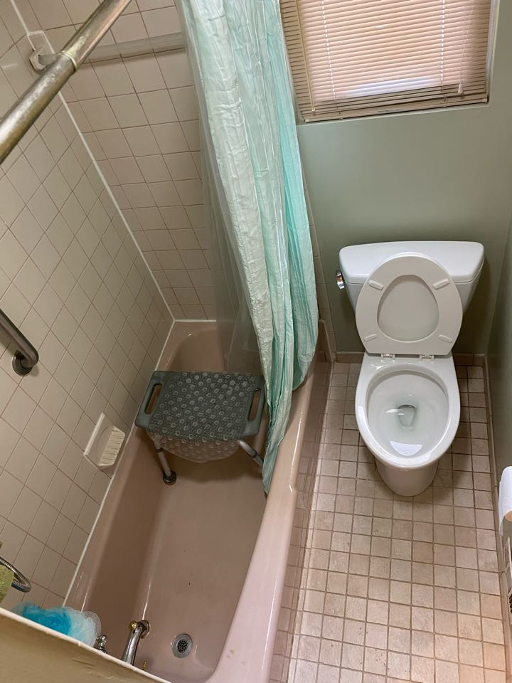 Capitol Heights, MD - Tub and toilet repaired