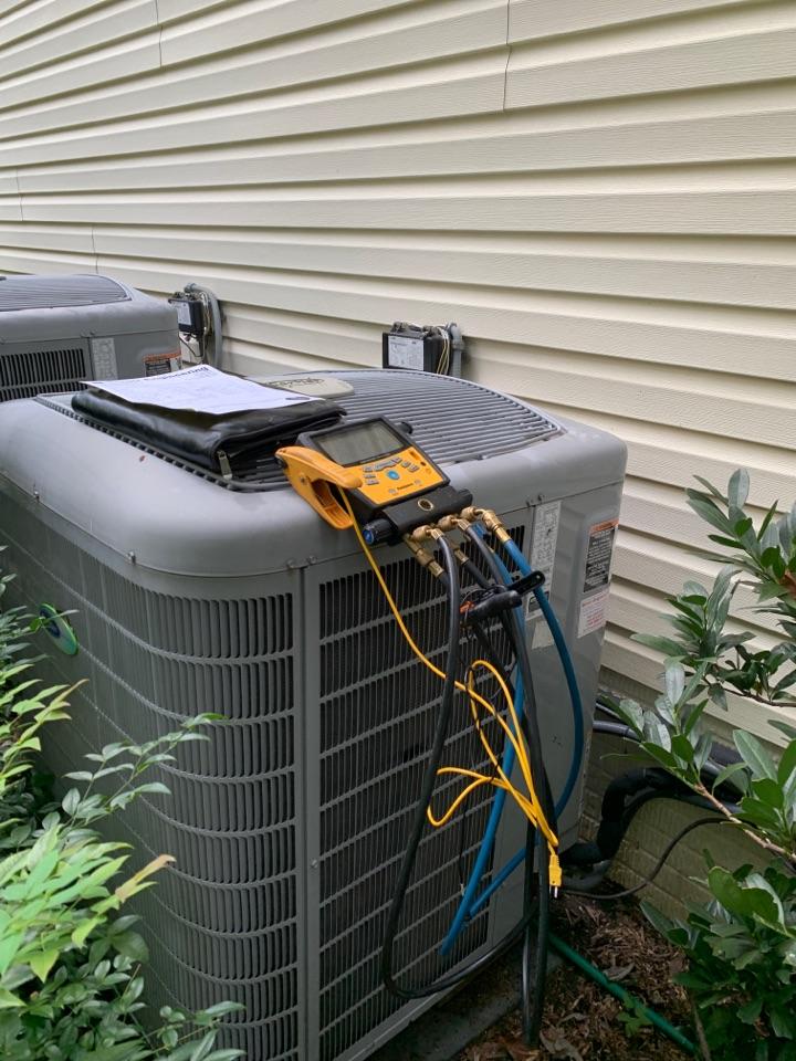 Tracys Landing, MD - Carrier Heat Pump Service Repair