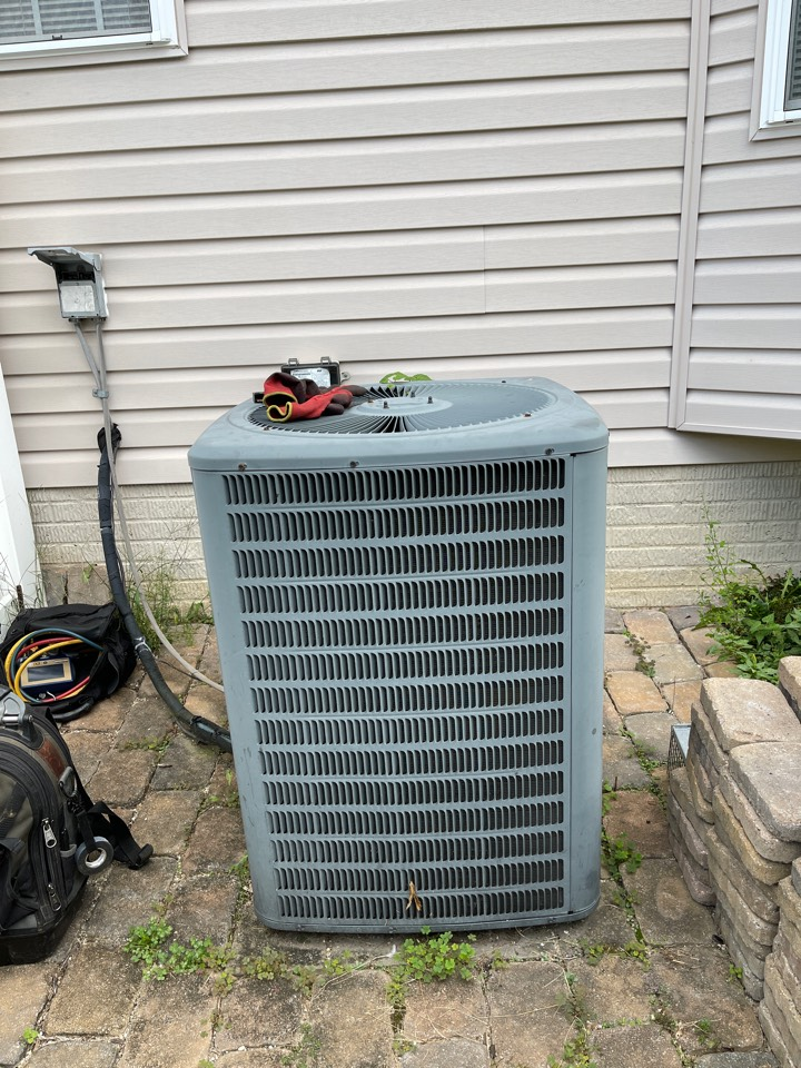 Millersville, MD - Changing furnace ac and coil