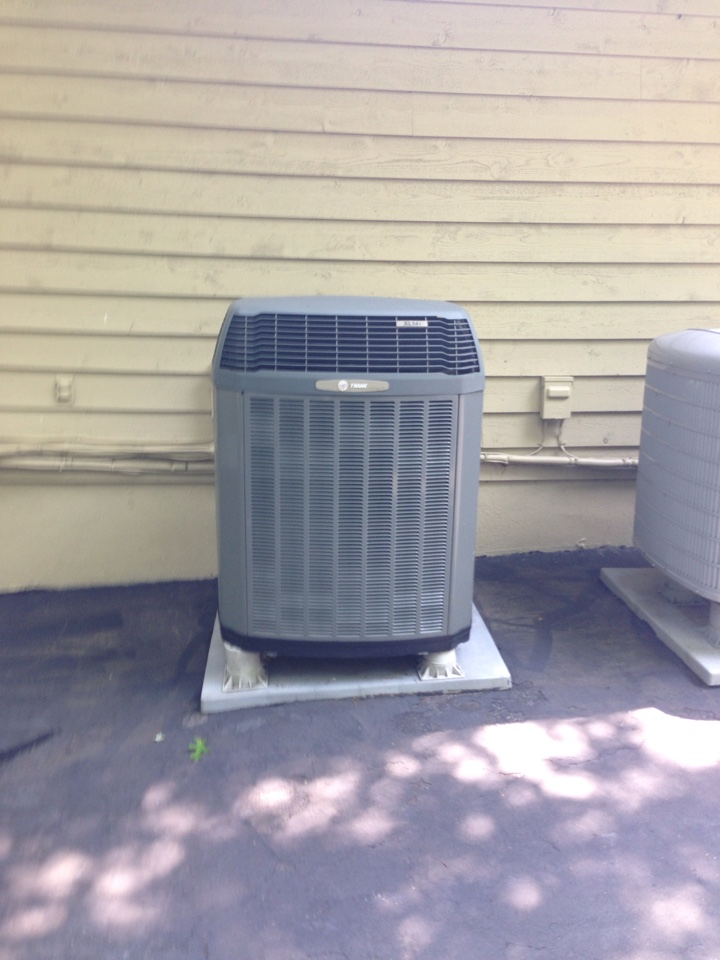 Crownsville, MD - Trane heat pump ac air conditioning & heating system replacement installation call in Crownsville Maryland 21032