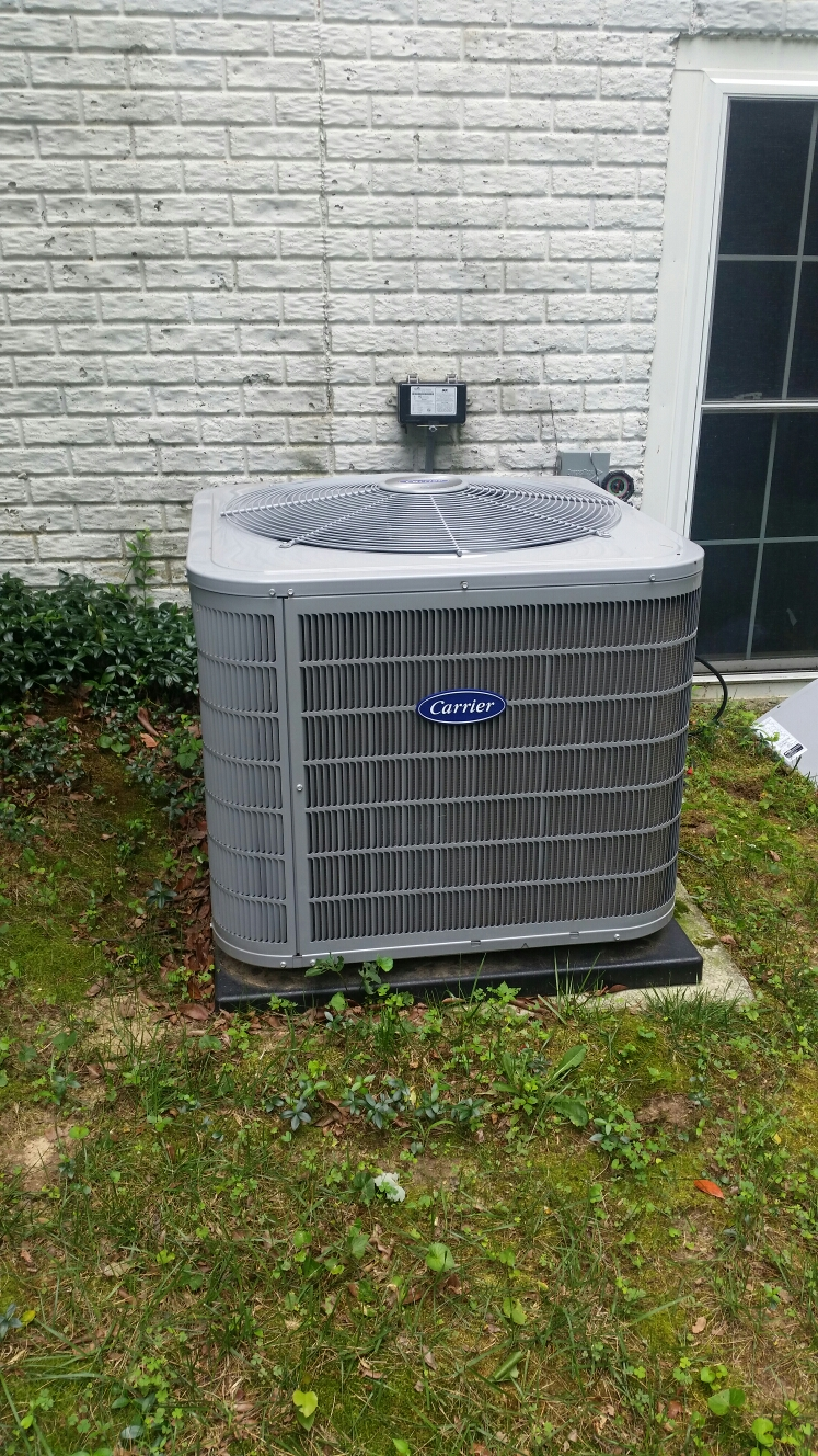 Gambrills, MD - Carrier ac air conditioning & heating system repair service call Gambrills Maryland 21054