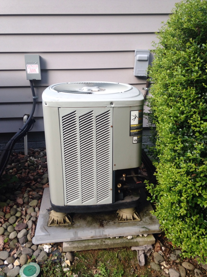 Gambrills, MD - Trane heat pump ac air conditioning & heating system replacement installation repair service call Gambrills Maryland 21054