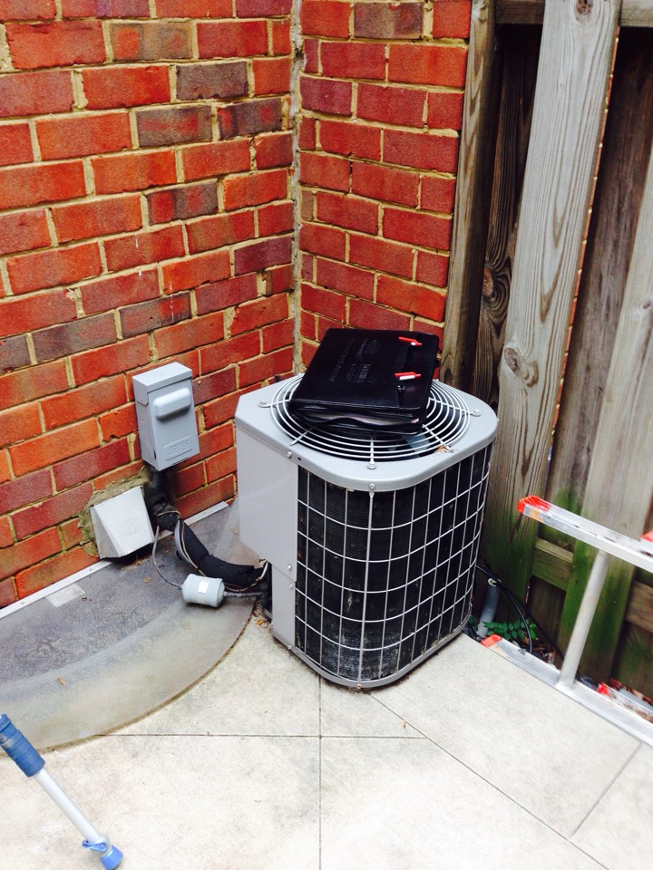 Crofton, MD - Goodman ac air conditioning & heating system replacement installation call Crofton MD 21114