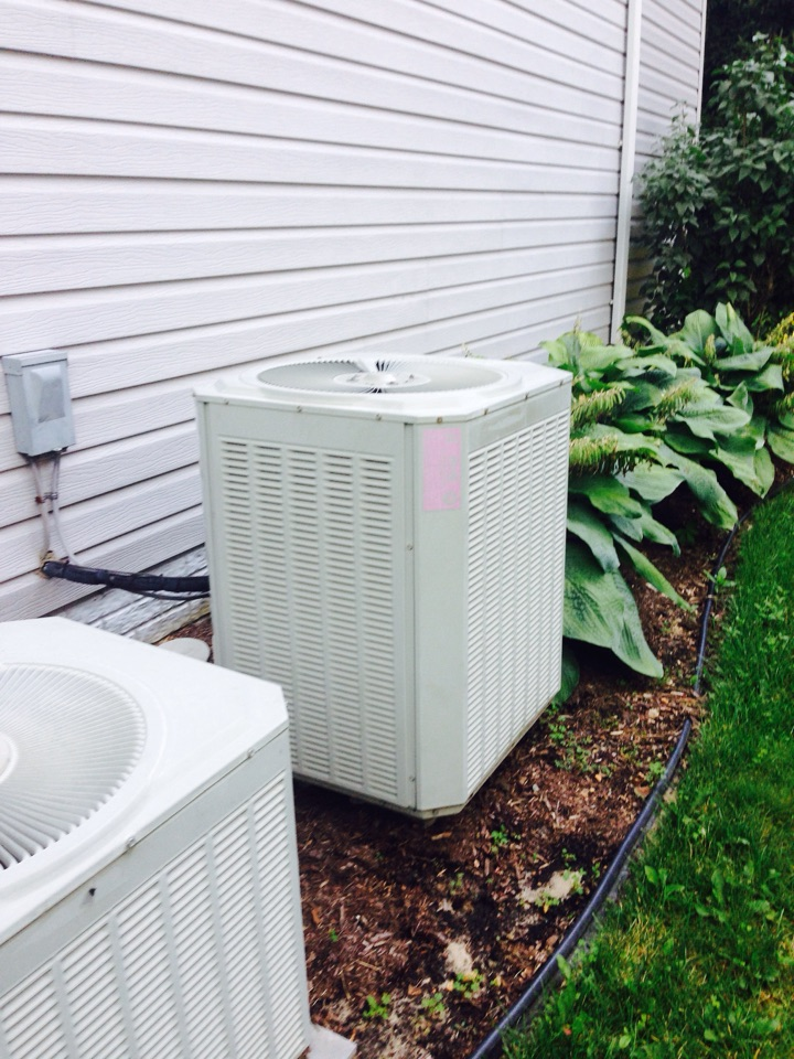 Crofton, MD - Trane heat pump ac air conditioning & heating system replacement installation service call Crofton MD