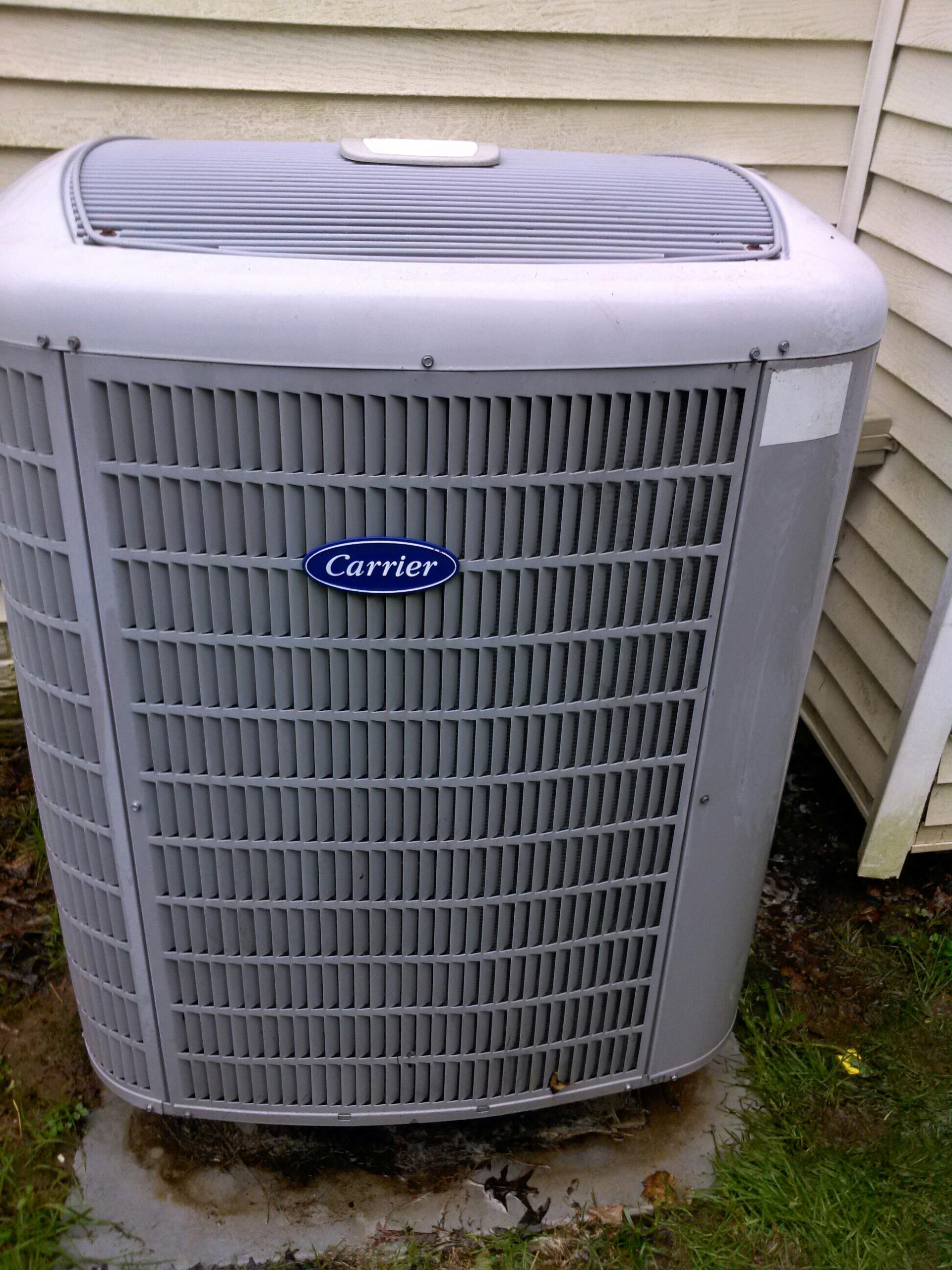 Crofton, MD - Carrier heat pump ac air conditioning & heating system installation repair service call Crofton Maryland