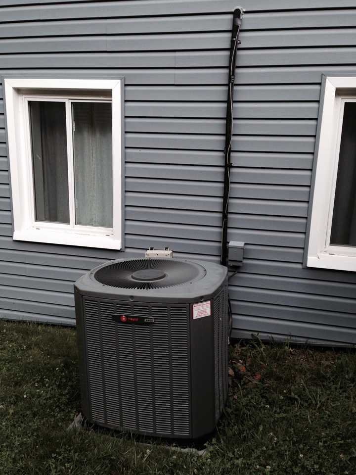 Crofton, MD - Trane ac air conditioning & heating system replacement installation Crofton Maryland 21114
