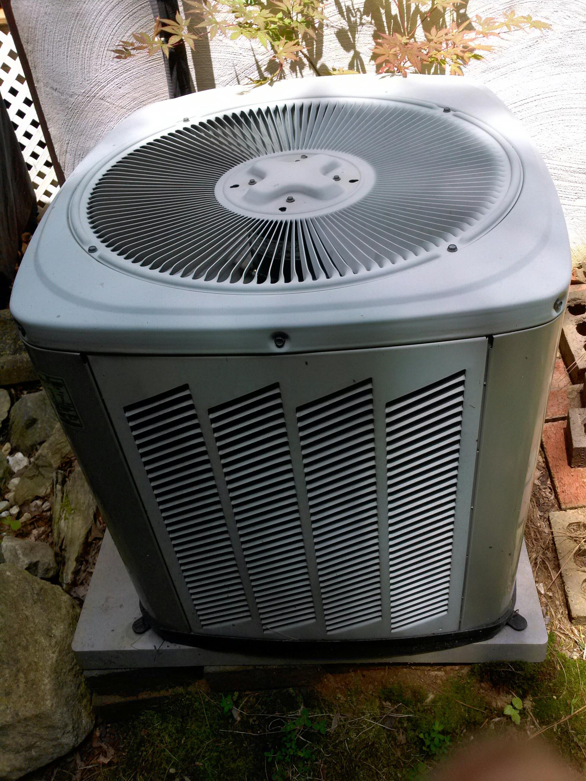 Gambrills, MD - Goodman ac air conditioning & heating system repair service call Gambrills Maryland 21054