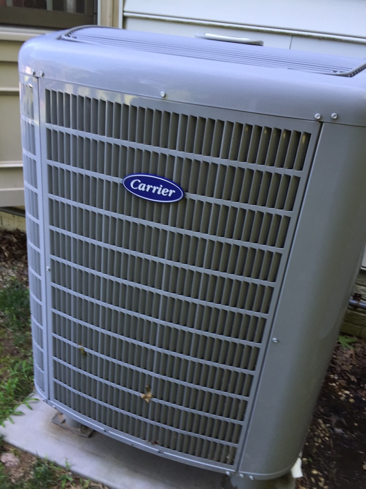 Gambrills, MD - Heat pump AC air conditioning & heating system replacement installation repair service call in Gambrills Maryland