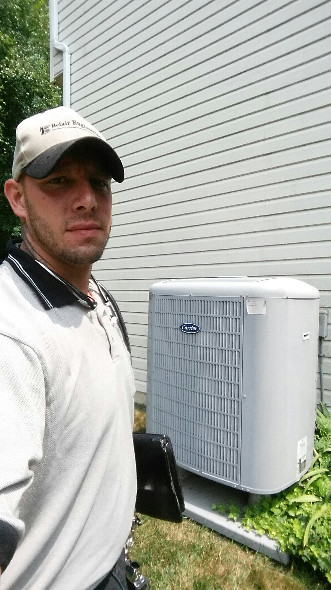 Crofton, MD - Carrier heat pump heating & air conditioning system installation service repair Crofton Maryland