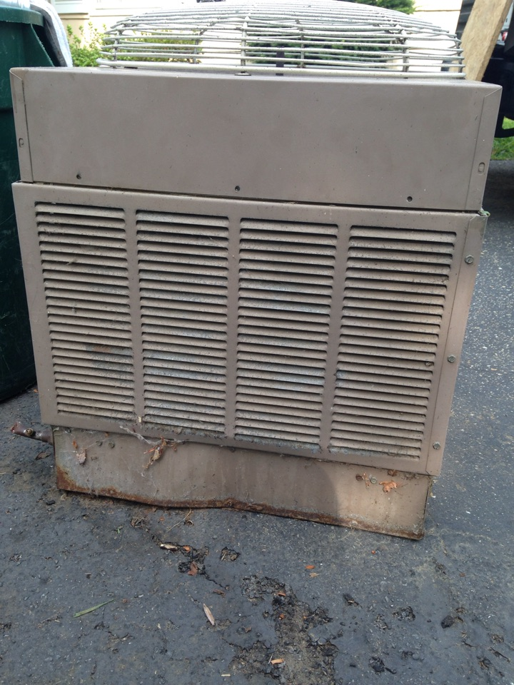 Crofton, MD - Trane ac air conditioner & heating system, furnace humidifier & air filters replacement installation service call Crofton Maryland