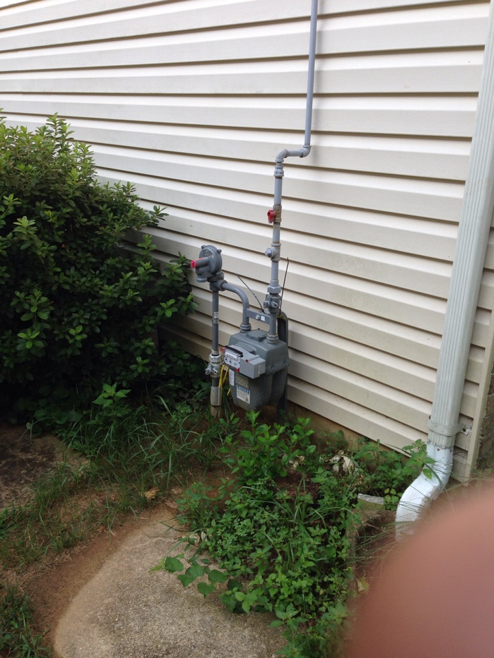 Crofton, MD - Gas furnace, AC air conditioner,  heating & air conditioning system, air filter cleaner & humidifier replacement installation service call Crofton Maryland 21114