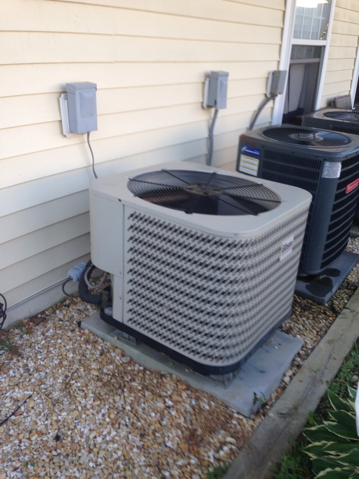 Crofton, MD - Gibson heat pump heating & air conditioning system replacement installation service call Crofton Maryland 21114