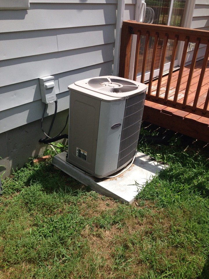 Morningside, MD - Gas furnace heating & air conditioning system replacement installation repair service call Morningside Maryland 20746