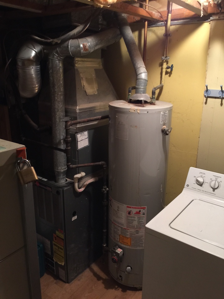 Crofton, MD - rheem gas hot water heater replacement installation & plumbing repair service call crofton maryland 21114