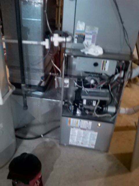 Crofton, MD - Gas furnace heating system tune up repair service call Crofton Maryland
