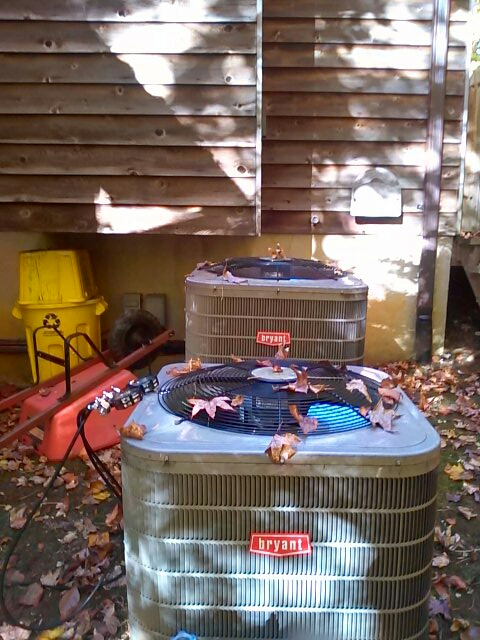 Crownsville, MD - Bryant heat pump heating & air conditioning system furnace air filter replacement installation repair service call Crownsville Maryland