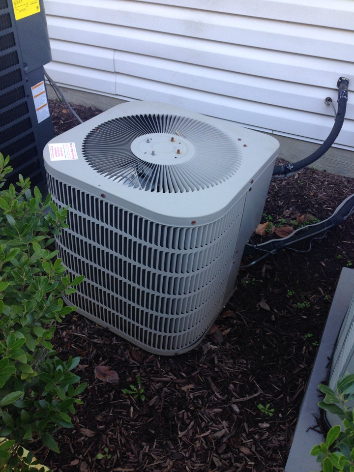 Crofton, MD - Goodman gas heating furnace & air conditioning system replacement installation repair service call Crofton Maryland