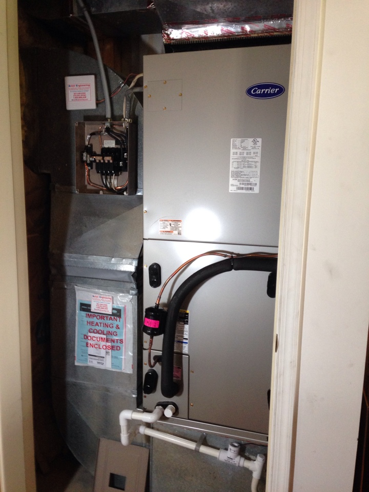 Crofton, MD - Heat pump heating & air conditioning system replacement installation repair service call in Crofton Maryland